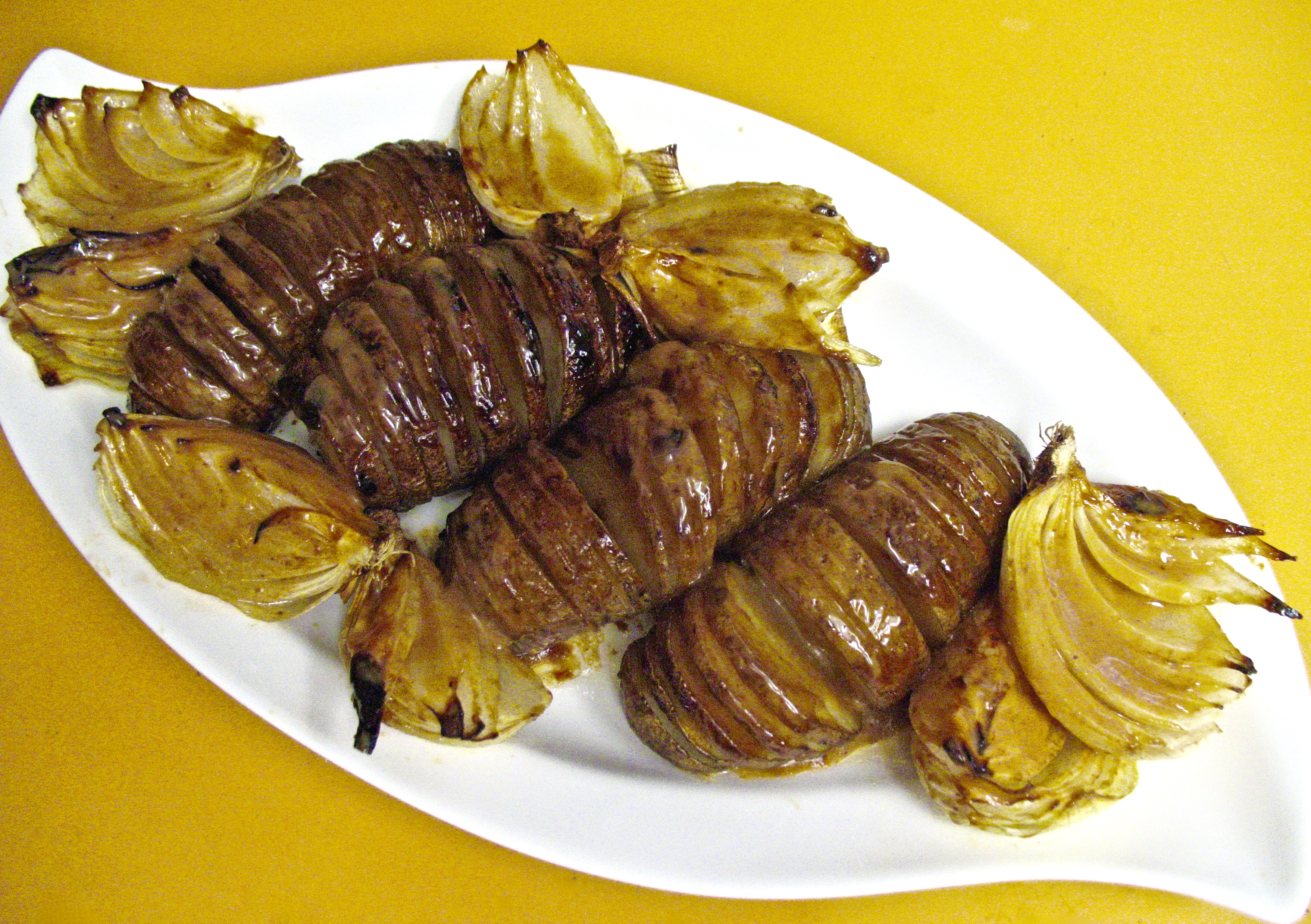 Roasted Russet Potatoes & Sweet Onions